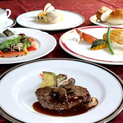 【シェフイチオシ季節のコースディナー】レストラン「ビィアンヴニュ」でおしゃれに夕食を!