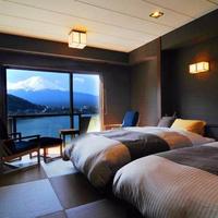 別亭凛 空(7F) 和風ツイン  禁煙 河口湖越しに富士山