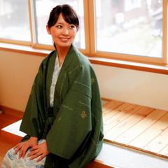 4・5月開催☆香住ガニの甘みと松葉ガニの身入りの良さが合体!『活け黄金ガニ』を使ったカニフルコース