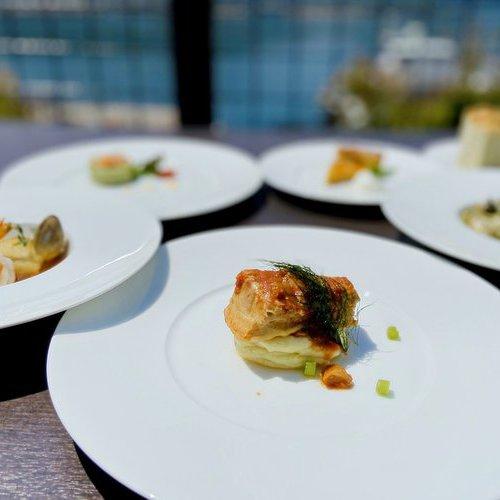 ご夕食はイタリアン広島づくしコース 1泊2食付!天然温泉大浴場 駐車場無料!
