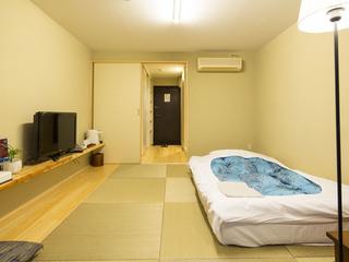 【禁煙】洗濯機付、い草琉球畳&シラス壁、サータダブルベッド