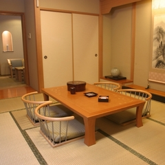 和洋室(10畳+応接室)約36平米【禁煙】【バス・トイレ付】