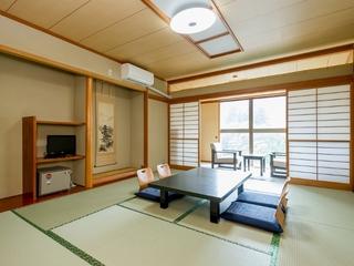 【禁煙】川側共有バスルーム/和室/和洋室