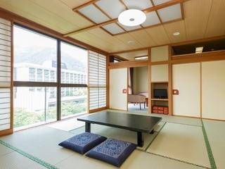 【禁煙】川側特別室共有バスルーム/和室