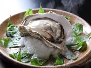 岩牡蠣宝楽焼き&白いか造り会席(お部屋食)
