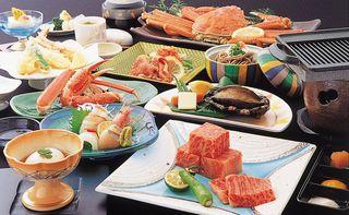 ☆特選黒毛和牛A5等級・鮑・焼蟹1/4・茹で蟹1枚会席☆(お部屋食)