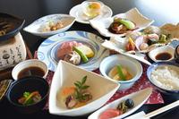 【グルメ】料理長特別会席とA5等級飛騨牛ヒレ肉鉄板焼き100g