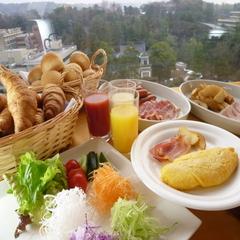 和洋朝食バイキング付!朝からしっかりでパワーアップ♪レストランからの眺めも最高!よい一日を☆