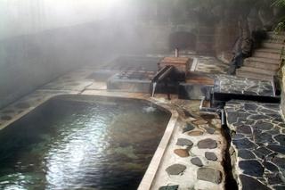 【スタンダード】豪快な大岩風呂と田舎料理堪能プラン