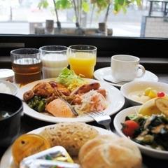 【1泊2食付】★おいしい夕食がセットに★定食セット付きプラン