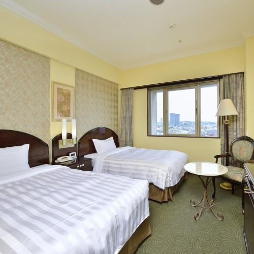 【低層階・街側プラン】ホテル自慢の和・洋・中80種類の朝食バイキング付♪