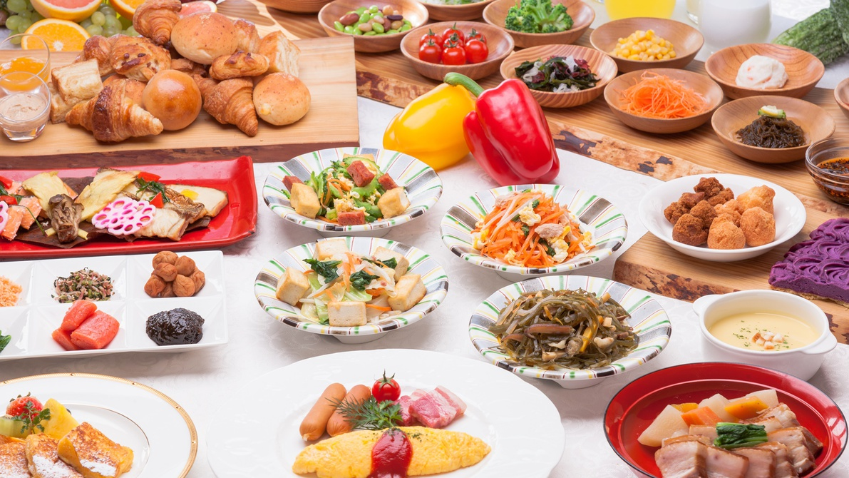 【沖縄Days】楽天限定!クチコミでも好評の和・洋・中80種類の朝食付♪