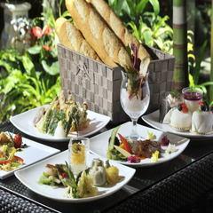 【さき楽55☆ポイント10倍】沖縄たっぷり満喫♪和・洋・中80種類の朝食バイキング付★