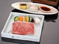 料理長考案の「饗宴会席」タグ付き松葉蟹と但馬牛ステーキ♪