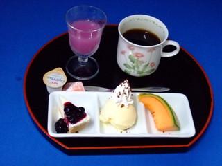 箸でも気軽に食べれるボリューム満点和風味フルコースディナー9品のディナーコース