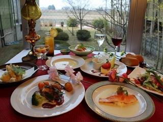 【贅沢】お料理グレードアッププラン♪コース料理に合うグラスワイン付き!