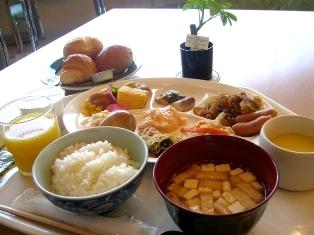 【当館人気】【ポイント10倍!!】レストランリニューアル記念朝食付プラン