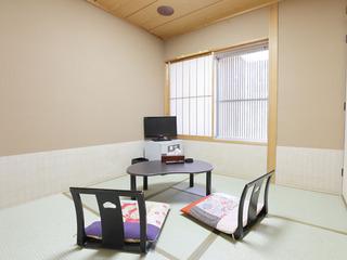 和室4.5畳【喫煙OK、バス/トイレ/洗面所なし】