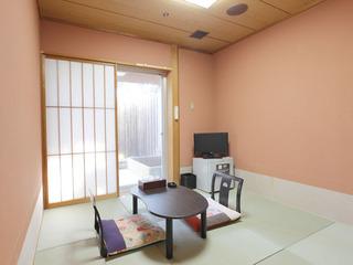 露天風呂付き和室4.5畳【喫煙OK、トイレ/洗面所なし】