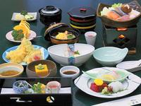 ≪お料理少なめ≫気軽に会席料理をお楽しみください!【夕朝2食付 会席くすのきプラン】