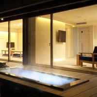 露天風呂付き客室(全室、桜の木側)【禁煙】