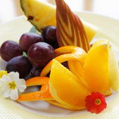【 山形牛ステーキ&フォアグラ大根 】濃厚なフォアグラを和風で粋な料理に♪さらにフルーツの盛り合せ付