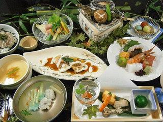 ちょっと贅沢!ワンランク上のお料理(+540円で3,000円相当)を堪能!大観荘スペシャル料理プラン