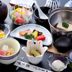 【朝食付】ビジネス&レジャーに☆トロトロすべすべ「W美肌の湯」♪6480円でリーズナブル「現金特価」