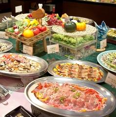 【事前カード決済限定】華乃湯の夕食バイキング・スタンダードプラン 〜彩り豊かな約50種のバイキング〜