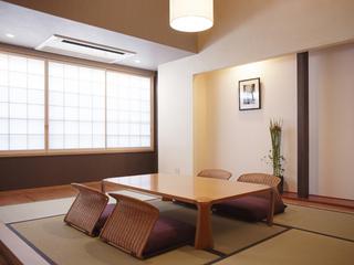 禁煙・インターネット接続可能、広い中側のお部屋