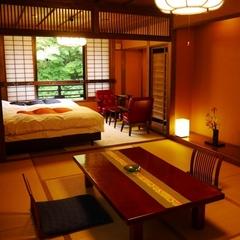 ベッド有、川沿和洋室6+10帖(さくら、あやめ)