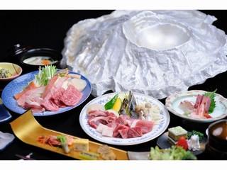 【特選】オリジナルの鍋で蔵王を食べよう!山形牛から庄内浜の海鮮まで 十代辻屋鍋プラン[無料貸切露天]