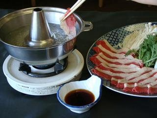美味しいお肉が60分食べ放題♪おなか満足 すき焼きまたはしゃぶしゃぶ選べるプラン[無料貸切露天]