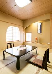 【檜の内湯付き】和室10畳【バストイレ付き】※温泉