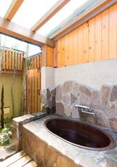 【五右衛門風呂の露天風呂付き和室10畳】バス・トイレ付※温泉