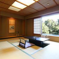 【禁煙◆準特別室】15畳 池庭の眺望と癒しの広々和室