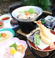 二食付きプラン ★地元の食材を使った、お手軽和食懐石コースを、お楽しみください