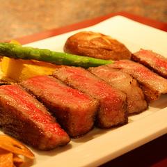 【大好評!鉄板焼Aコース】目の前で肉厚の和牛を調理!五感で愉しむ鉄板焼