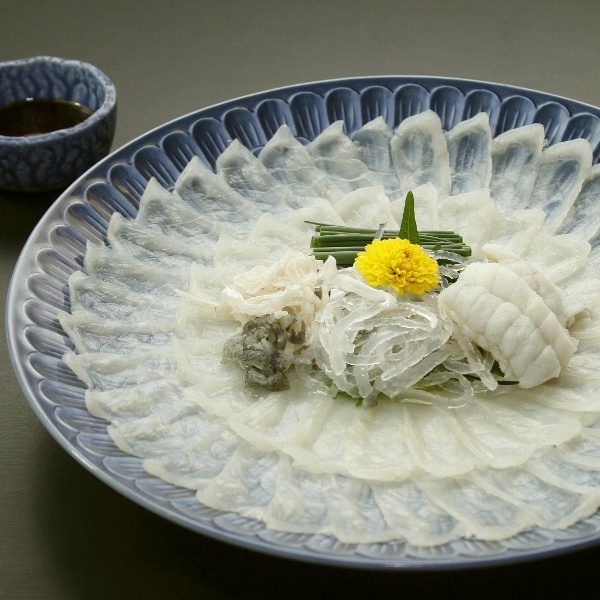 Тита - Ike Sakana Restaurant and Yado Yamani Ryokan