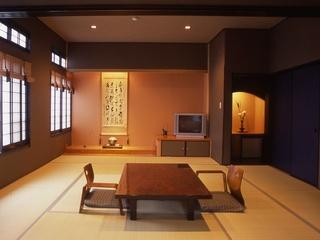 【本館】2F和モダン客室(15畳〜)