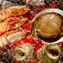 【磯づくし】鮑踊り焼き×サザエ・カマスなど「海鮮あみ焼き」×金目鯛しゃぶ×鮮魚のお刺身盛り≪特典付≫