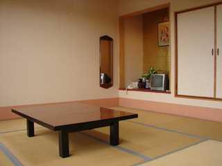 景色のよい和室(現金特価)