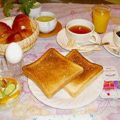 【狭いけど低価格!】シングルルーム2名利用プラン<軽朝食付>