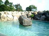 ゆったり天然温泉掛け流しの露天風呂で過ごそう♪【素泊まり】