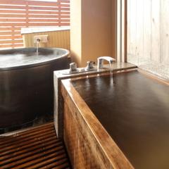 【露天風呂付き客室】陶器露天風呂+檜内風呂+和室10畳