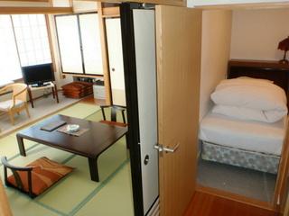 【喫煙】5階以上和室8畳ツインベッド(バス・洗浄機付トイレ)