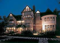 English Country Inn Old Age