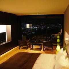 【1室限定】眺望を満喫するプレミアスィート 本館301号室