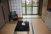 川沿いの和室6畳(トイレなし)
