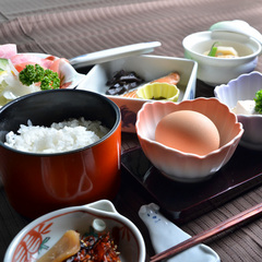 【朝はしっかり☆美味しい旅館の朝食を♪1泊朝食付きプラン】